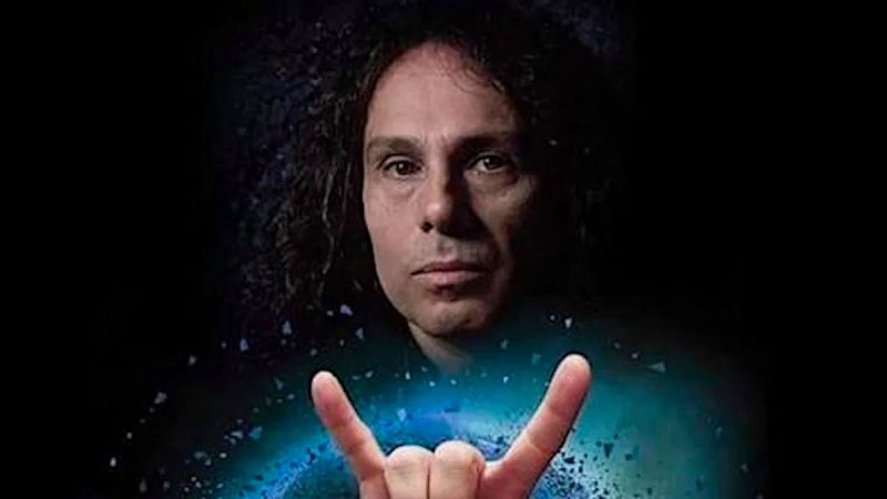 Rob Halford, Dave Grohl, Jack Black et plus rendent hommage à Ronnie James Dio