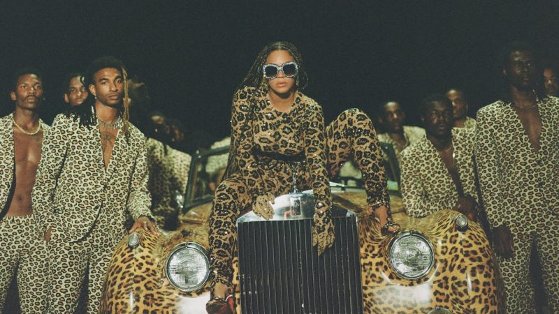 Beyoncé partage un nouvel album visuel Black Is King: Watch