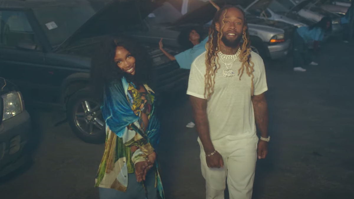 "Écoutez la nouvelle chanson Surprise de SZA avec Ty Dolla $ ign ""Hit Different"""