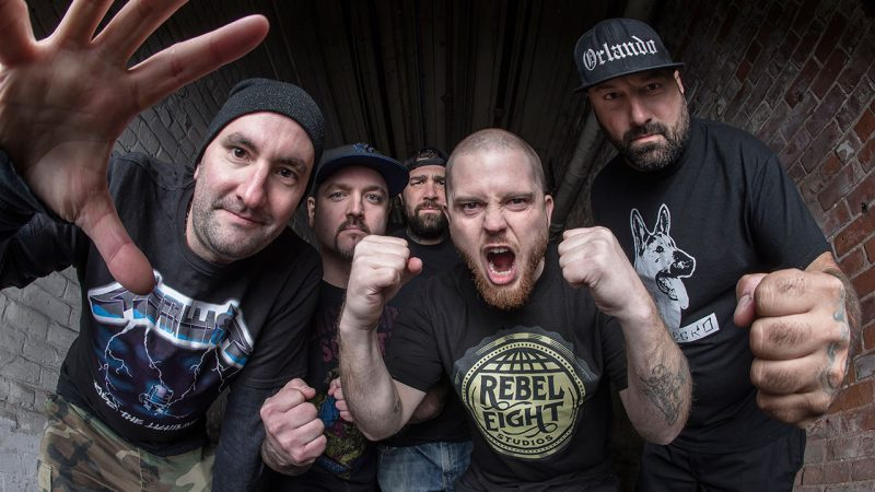 "HATEBREED Return avec une nouvelle chanson lourde ""Weight of the False Self"""