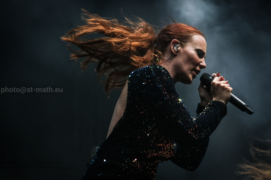 EPICA, HAMMERFALL, ICED EARTH, d'autres artistes commentent les accusations contre John Finberg