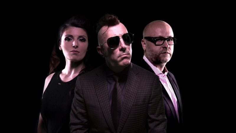 Maynard James Keenan et Mat Mitchell de Puscifer parlent du nouvel album, Plus