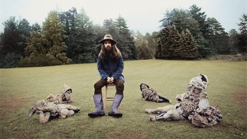 "La succession de George Harrison publie un nouveau mix audio de ""All Things Must Pass"" pour le 50e anniversaire de l'album: Stream"