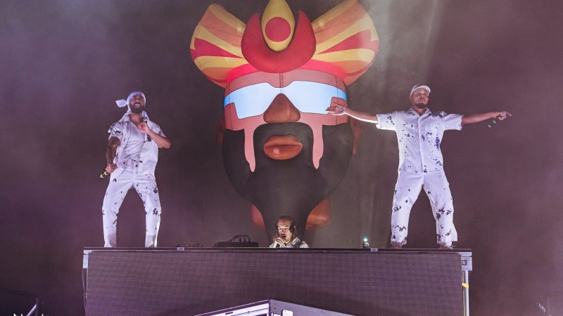 BLOND: ISH lance ABRACADABRA Virtual NYE Fest avec John Legend, Kaskade, Major Lazer, et plus