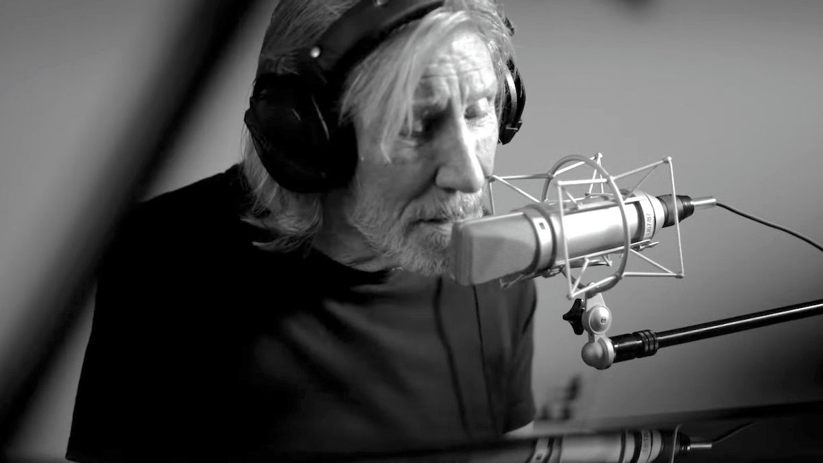 "Regardez Roger Waters interpréter la nouvelle version de ""The Gunner's Dream"""