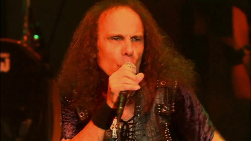 "DIO interprète ""Rainbow In The Dark"" de Holy Diver Live Reissue"