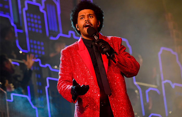 The Weeknd se produit au spectacle de mi-temps du Super Bowl LV