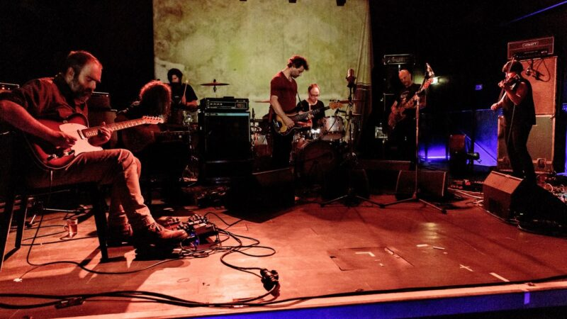 Godspeed You!  Black Emperor annonce le nouvel album de G_d's Pee AT STATE'S END!
