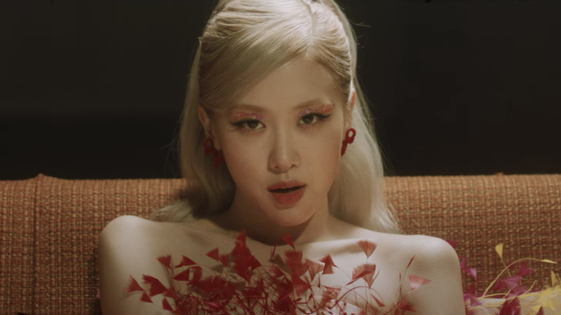 Regardez le clip musical « Gone » de BLACKPINK Rosé