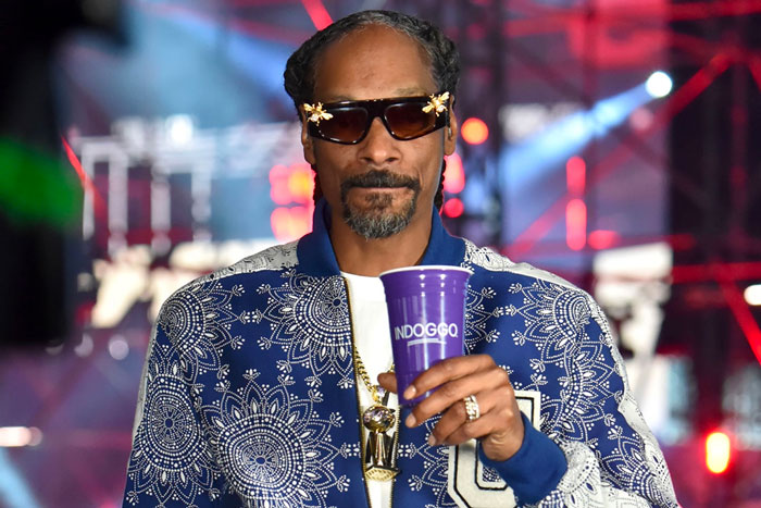 Snoop Dogg demande 2 millions de dollars à Dana White après le combat de Jake Paul