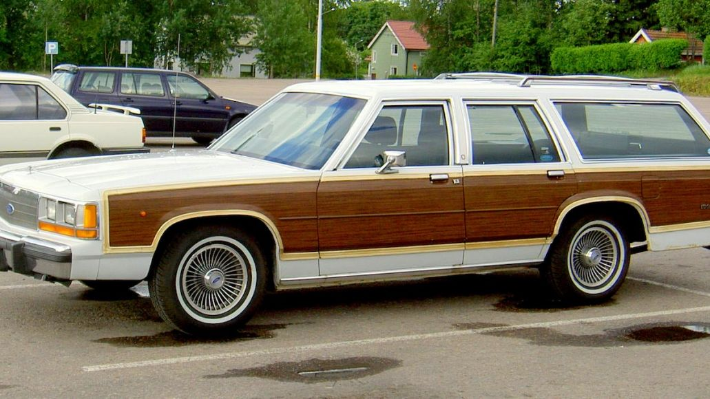 ensemble pangée ford_LTD_Country_Squire-1