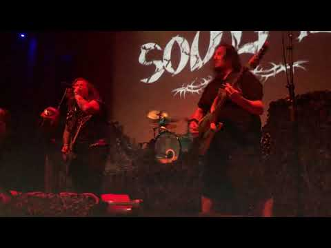 watch-soulfly-perform-fear-facto-9628102-4404387-jpg