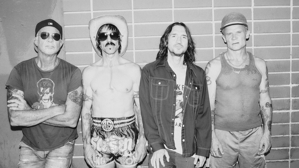 red-hot-chili-peppers-5490584-2635405-jpeg